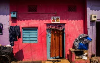 Colours of the slums, Goa, India © Nadia DIAS